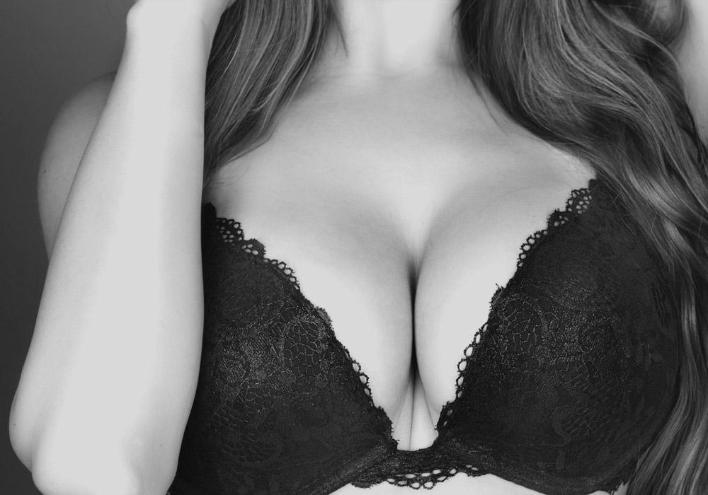 hot-bigg-boobs-girl